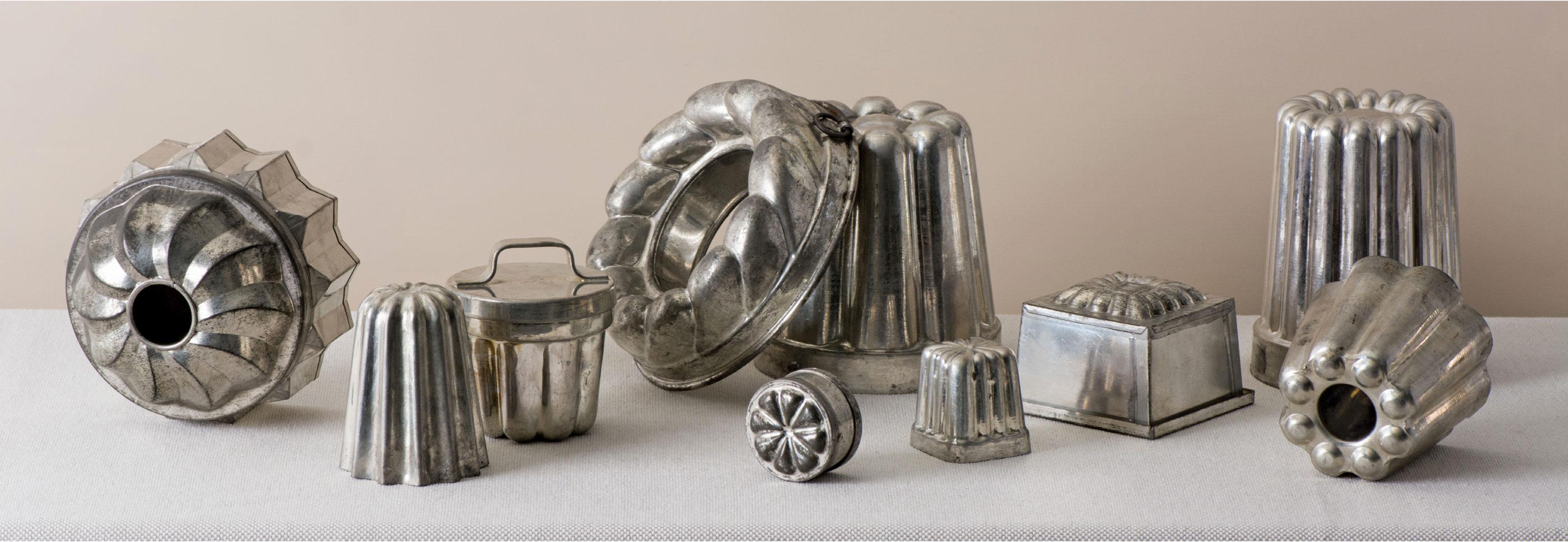 Vintage antico oggetti in metallo bibliotheca culinaria - Oggetti da cucina ...