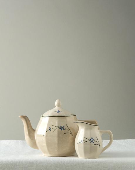 Teiera vintage laveno in ceramica con bricco libro di for Libro in ceramica