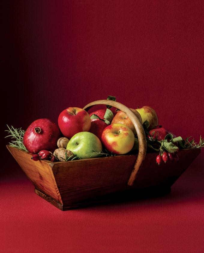 5.cestino con mele